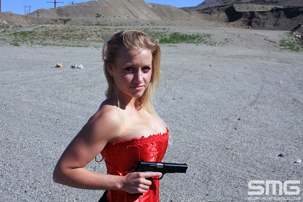 Tisna with FN HP35
